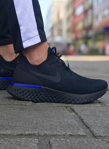black nike epic react
