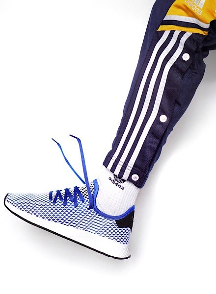 carl kho in blue deerupt