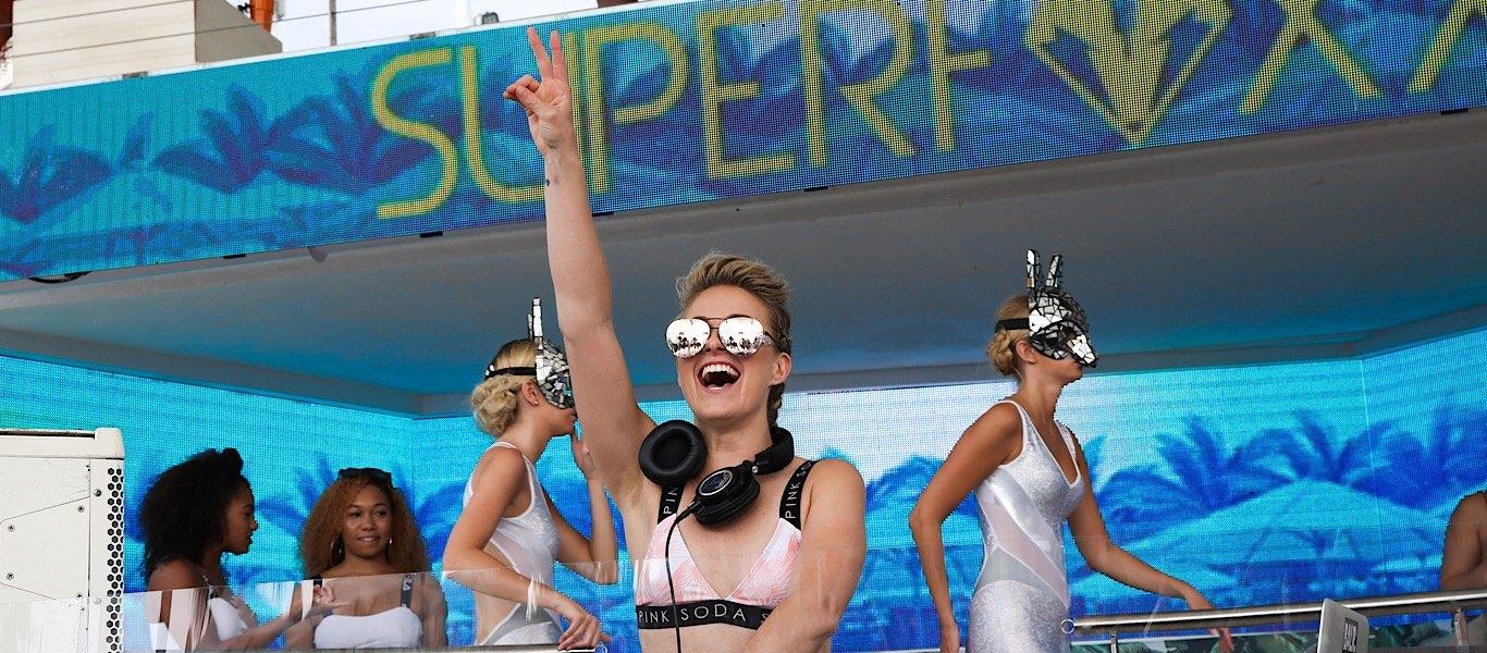 Krystal Roxx DJ'ing in Ibiza