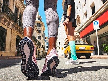 nike air pegasus running trainers