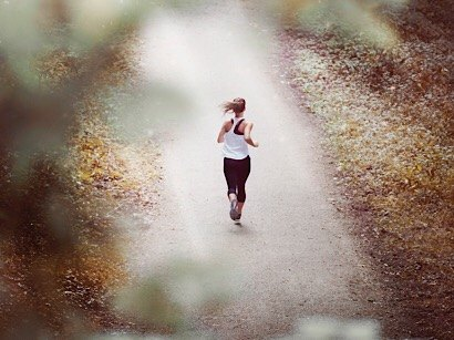 essential running playlist to keep you motivated