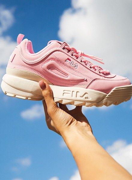 pink fila disruptor