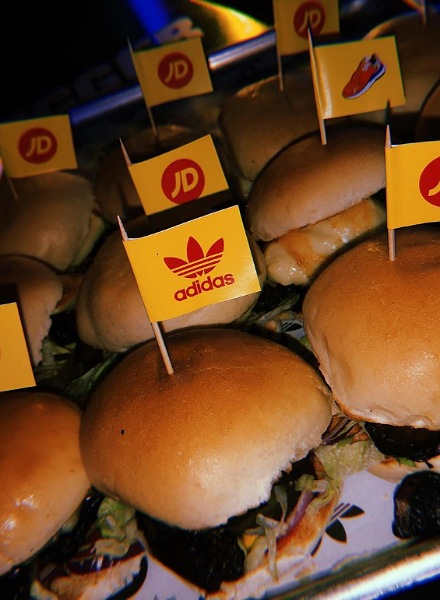 burgers at event