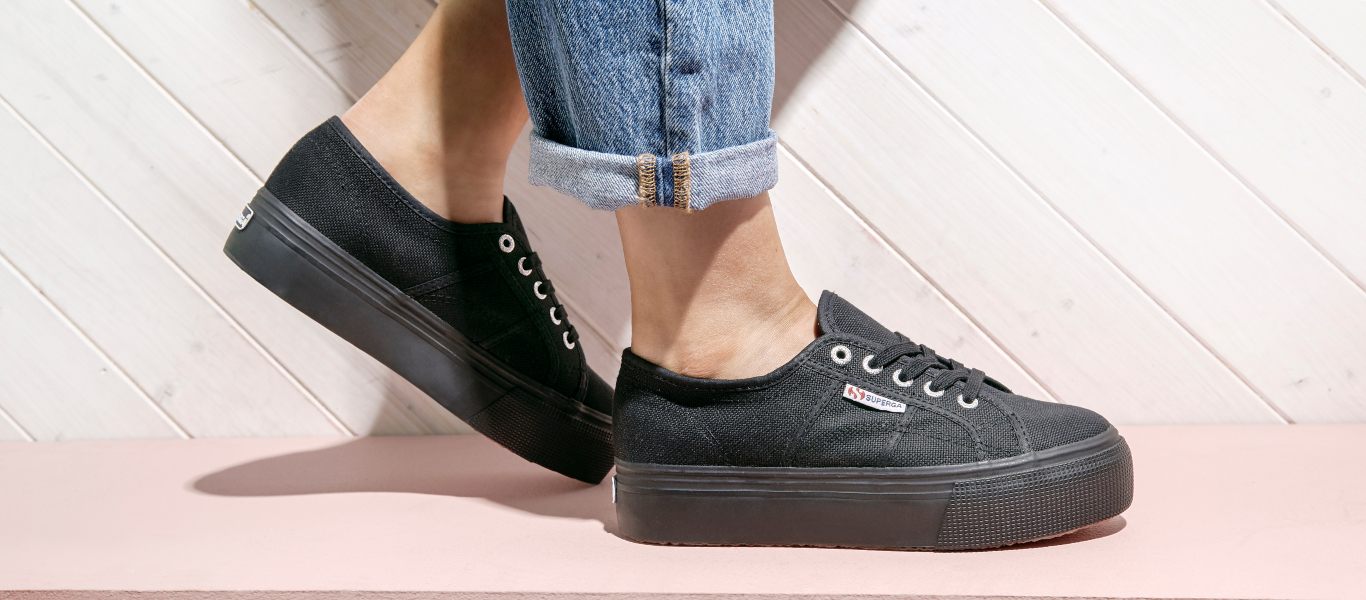 black superga 2750